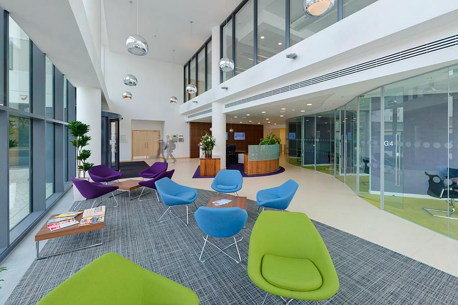Hargreaves lansdown building stride treglown architects for Home design agency bristol