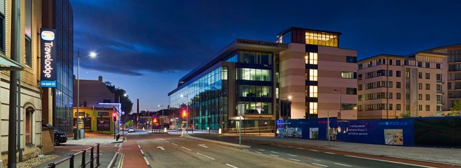 Hargreaves Lansdown Photo 12 Night shot